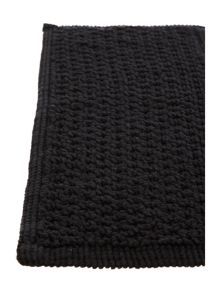Linea Cotton bobble pedestal mat in black
