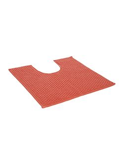 Reversible Bobble Pedestal Mat in Coral