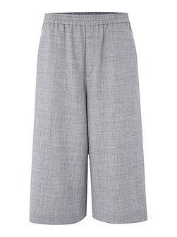Wide culottes with elasticated waist and pockets