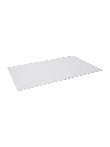 Gray & Willow White bath mat