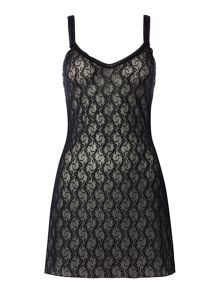 b.tempt'd Lace kiss chemise