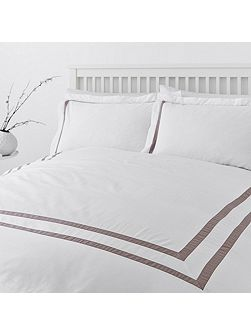 Luxury Hotel Collection Graphic edge 400 thread count