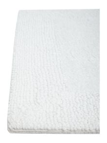 Luxury Hotel Collection Reversible Bath Mat in White