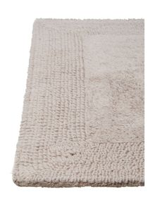 Luxury Hotel Collection Bath Mat in Cool Grey