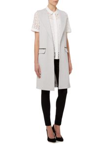 Pied a Terre Sleeveless Jacket