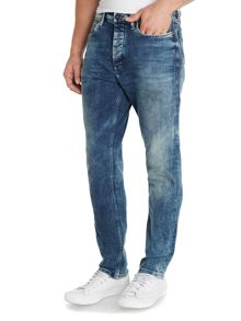 Tapered Fit Jean