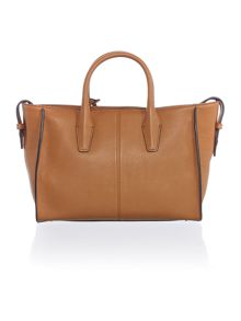 Chelsea light tan tote bag