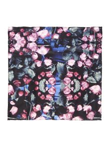 Benny Printed floral rose pocket square