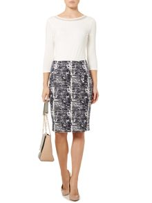 Abstract print pencil skirt
