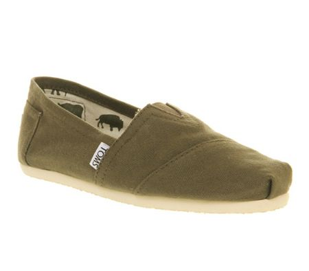 Toms Classic slip on shoes