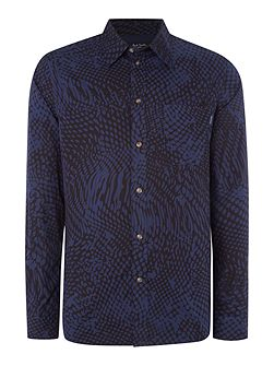 Tailored fit melted spot print shirt