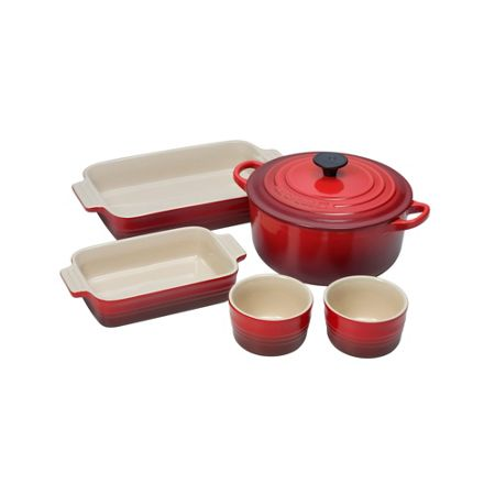 Le Creuset 5 piece starter set in cerise