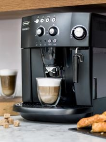 Delonghi Magnifica compact bean to cup coffee machine