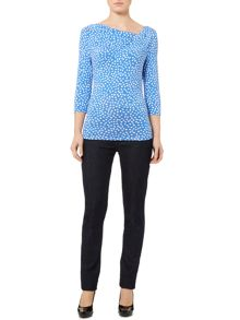 Printed twist cowl 3/4 sleeve jersey top