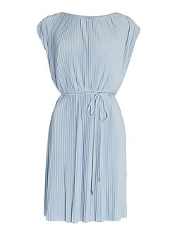 Fully pleated tie waist dress