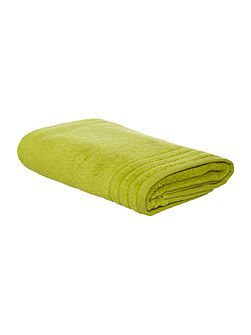 Egyptian Cotton Bath Towel in Fern Green