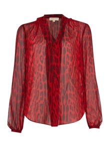 Long sleeve pleat animal print blouse