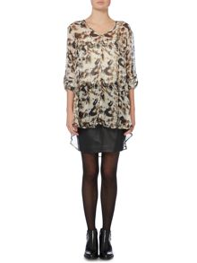 Label Lab Ash print long tail blouse