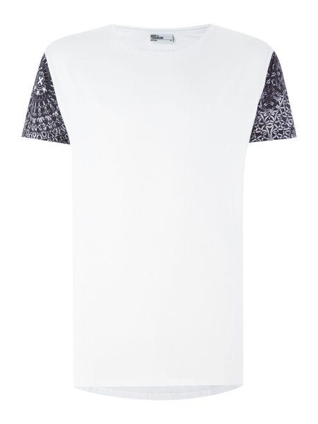 Nena and Pasadena Regular Fit Sleeve Pattern T Shirt