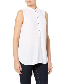 Sleeveless button up shirt
