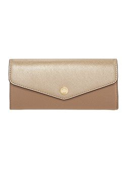 Greenwich tan metallic large flap over