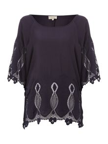 Linea Weekend Top broderie hem blouse