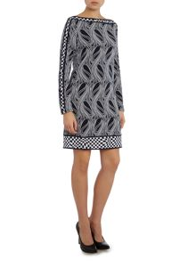 Long sleeve wave boatneck border dress