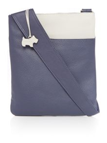 Radley Pocket bag navy medium cross body bag