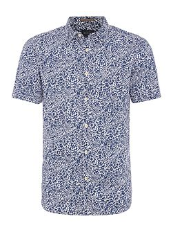 Plantation print short sleeve shirt