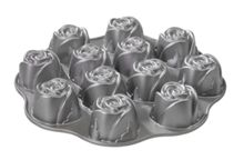 Sweetheart Rose Baking Pan