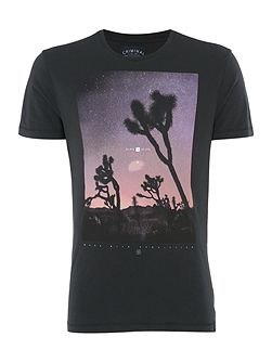 Joshua Tree Graphic Crew Neck Slim Fit T-Shirt