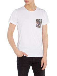 Jack & Jones Floral Contrast Pocket Short Sleeve T-shirt