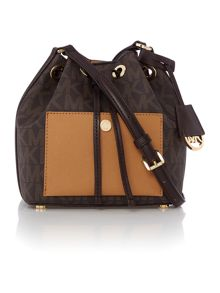Greenwich brown bucket bag