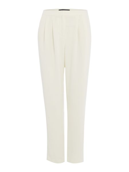 Ellen Tracy Pleated front tapered leg trouser