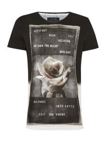 Regular fit rose printed t shirt
