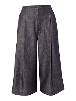Wide leg cropped trouser