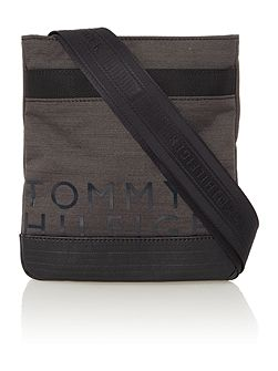 Tommy hilfiger mini crossover bag