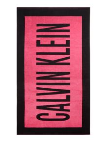 Calvin Klein Intense power beach towel