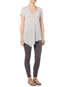 Gray & Willow Alva Short Sleeve Asymmetric Jersey Top