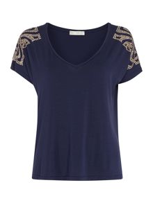 Studded shoulder v neck tee
