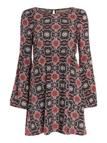 Vero Moda Bell Sleeve Printed Tunic Dress