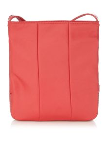 Tommy Hilfiger Poppy pink flat crossbody bag