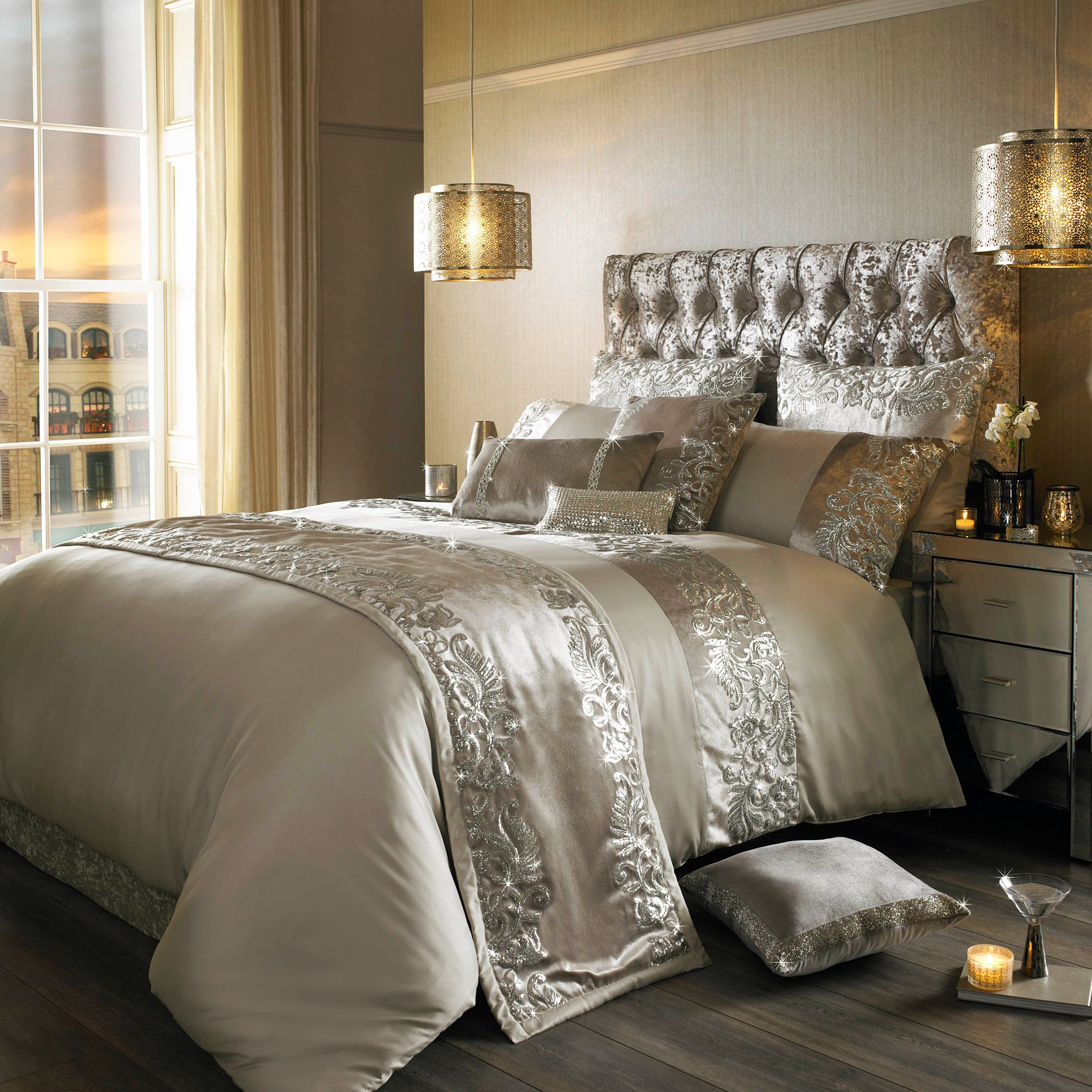 Kylie minogue scroll praline duvet cover bluewater for Living room quilt cover