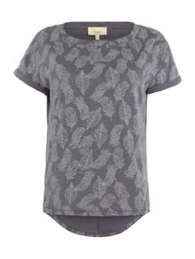 Linea Weekend Feather print tee