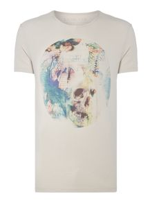 Label Lab Circle Skull Graphic Tee