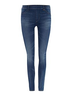 The runway legging jean in capri blue