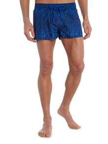 Short length swim shorts