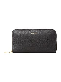 Chelsea black large zip around purse