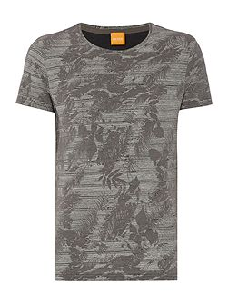 Tinus regular fit tonal leaf print t shirt
