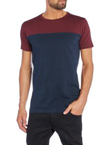 Lindbergh Slim fit colour block crew neck